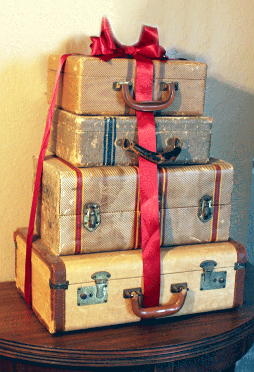 suitcase_stack