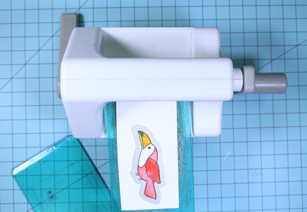 Die_cutting_bird