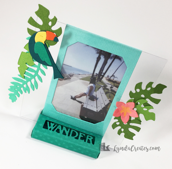 Sizzix_LyndaKanase_photo_stand